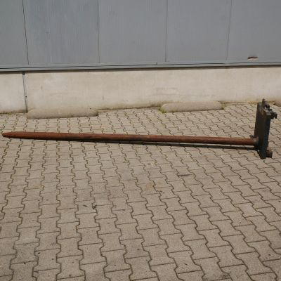 Kaup Carpet Poles